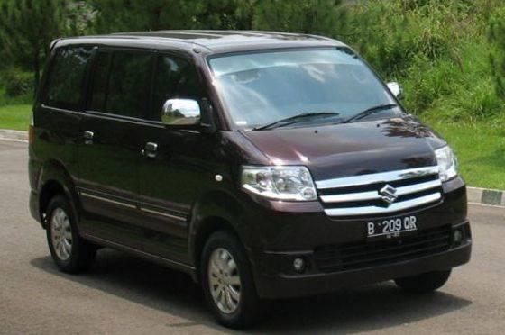 ilustrasi mobil  Suzuki APV