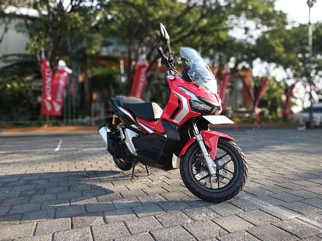 8 Aksesoris yang Bikin Honda ADV150 Makin Ganteng
