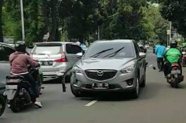 Kecelakaan Harley-Davidson vs Mazda CX-5(Instagram Otomotifweekly)