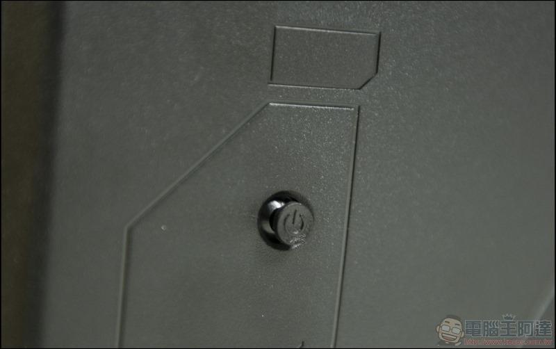 GIGABYTE G32QC 曲面電競螢幕開箱 - 14