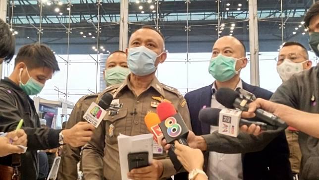 ตม.เตรียมดำเนินคดี คนที่ไม่มารายงานตัวหลังถึงไทย แม่ผู้โดยสารร้องขอความเป็นธรรม
