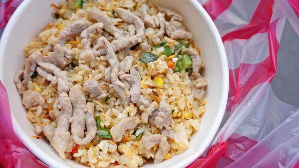【台北美食】無名炒飯-附近上班族都讚不絕口的超大份量炒飯