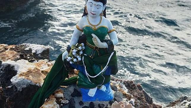 Patung Nyi Roro Kidul misterius di Bali