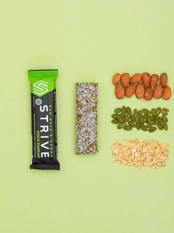Simak cara mewujudkan resolusi sehat 2021 dari camilan sehat Strive (Foto: Instagram/striveindonesia)