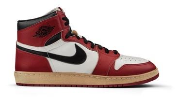 新聞分享 / 35 周年大禮?傳 Air Jordan 1 High OG 'Chicago' 將於明年復刻