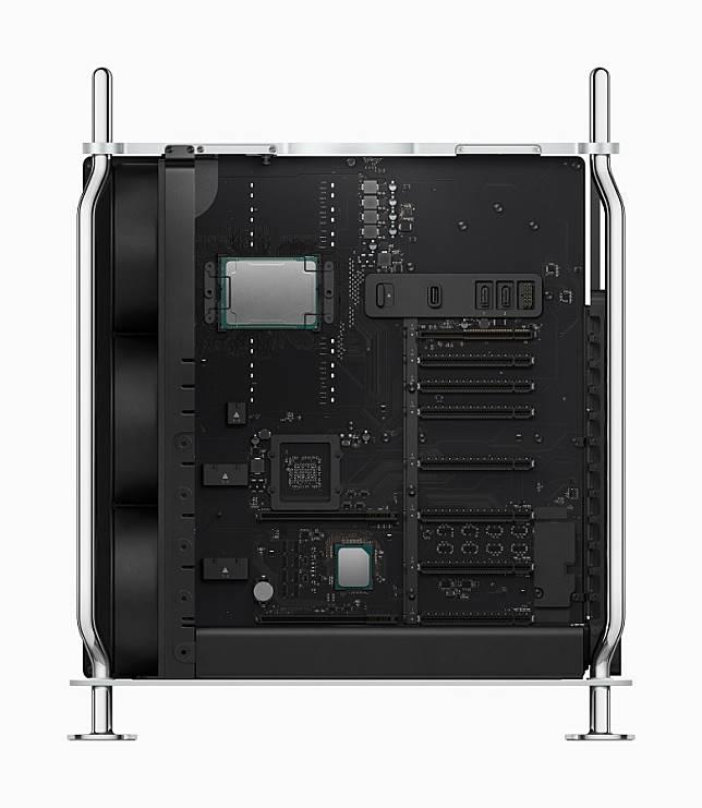 可配備多達28核心的Xeon 處理器及1.5TB記憶體。(互聯網)