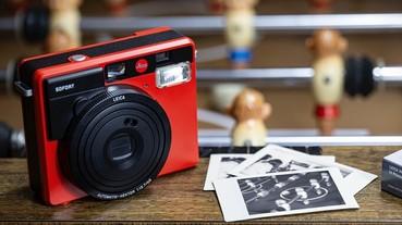 正統徠卡紅的拍立得登場 Leica SOFORT 還可用明信片和桌曆秀照片