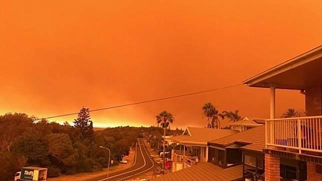 ไฟป่าออสเตรเลียเข้าใกล้ซิดนีย์ และคาดว่าจะเพิ่มความรุนแรงขึ้นอีกในวันนี้