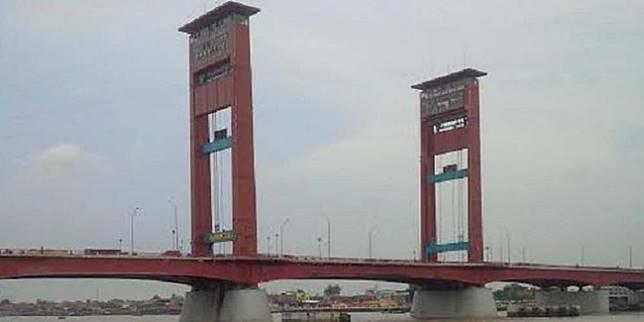 Buaya Dan Ular Jadi Jadian Hingga Kuntilanak Usil Di Jembatan
