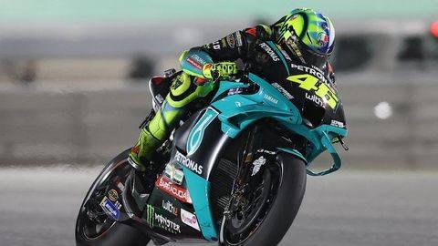 Valentino Rossi pertama kali naik podium pada kelas premier di GP Spanyol. (AFP/KARIM JAAFAR)