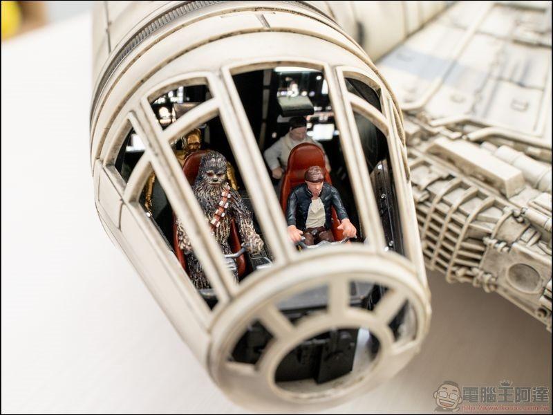 千年鷹號 Millennium Falcon 1:1 模型開箱 - 03