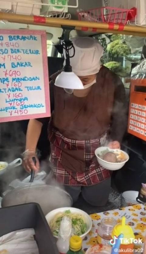 Viral Pedagang Bakso di Jepang Jualan Pakai Bahasa Jawa Padahal Warga Asli Sana (2)