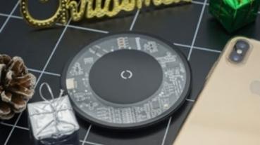 【開箱】決戰小米!Baseus極簡無線充電盤