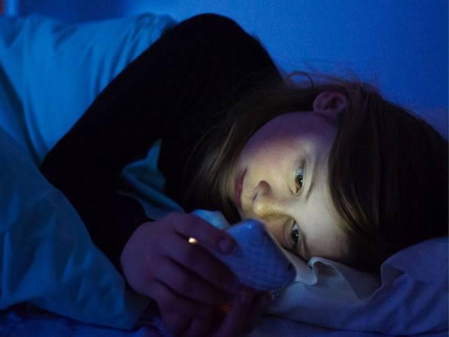 Ngủ sau 12 giờ đêm, cơ thể bị tàn phá như thế nào?