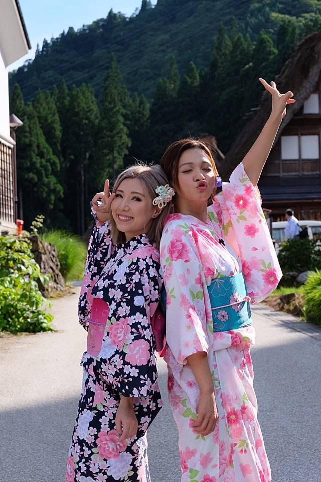 節目中兩人著住和服扮可愛日本妹。