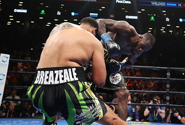 Deontay Wilder-Dominic Breazeale: 'Bronze Bomber' knocks challenger out cold in first round of Brooklyn brawl