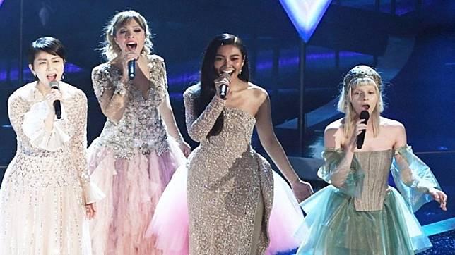ผลการค้นหารูปภาพสำหรับ แก้ม วิชญาณี เปิดใจ คนไทยคนแรกขึ้นร้องเพลงบนเวที Oscars 2020