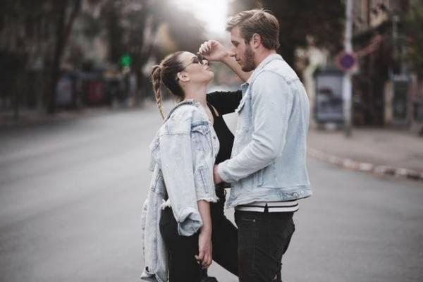 Manis di Drama Hal Romantis Ini Justru Creepy di Dunia Nyata