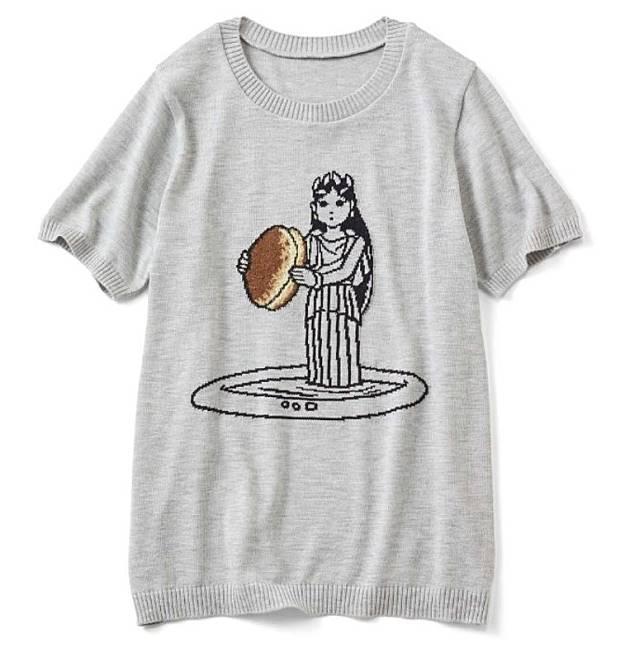 服裝上重演多啦A夢有關「樵夫之泉」一集,當中湖中女神手持巨型豆沙包登場嘅一幕。(互聯網)