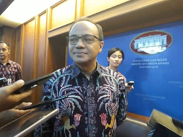 Teuku Faizasyah, Plt Juru bicara Kementerian Luar Negeri RI. Sumber: Suci Sekar/TEMPO