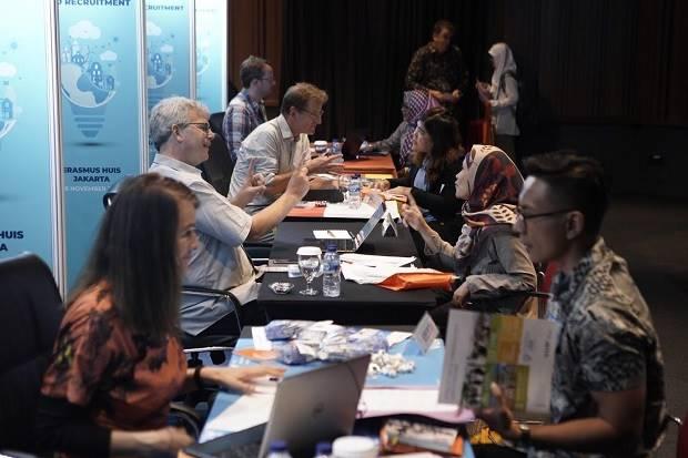 Calon Peneliti Indonesia Bersiap Meraih Gelar PhD di Belanda