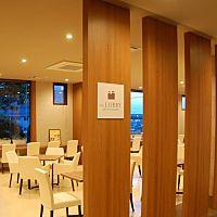 カフェ&レストラン THE LOBBY