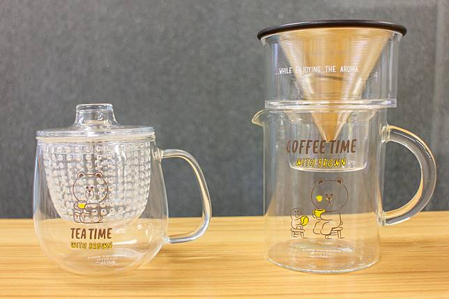茶杯$148/套(左);咖啡沖泡壺組$338/套(右)