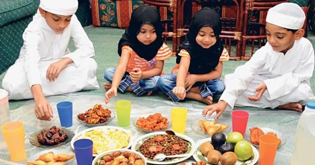 Ketahui Trik Jitu Ajari Si Kecil Puasa Ramadhan