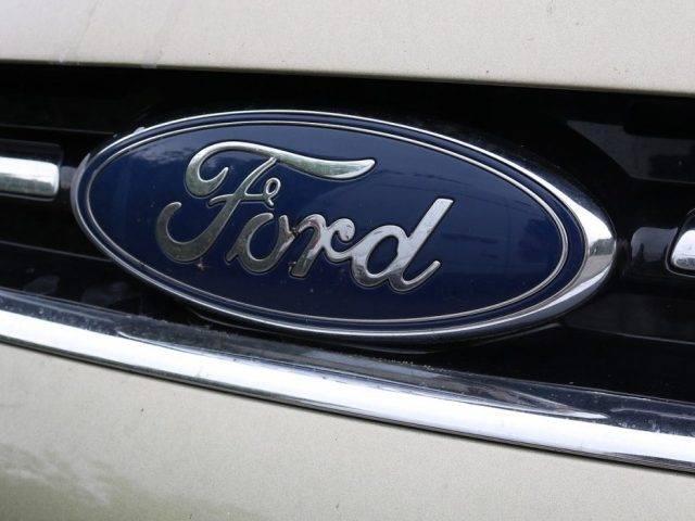 Ford Jawab Tantangan Donald Trump Siap Produksi Alkes di Pabriknya