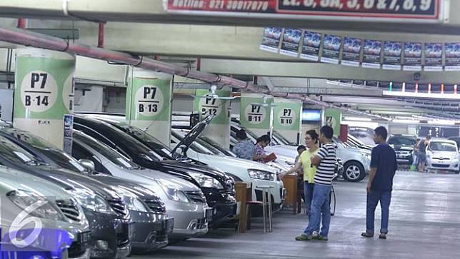 20161006-Mobil Bekas-Jakarta-Angga Yuniar