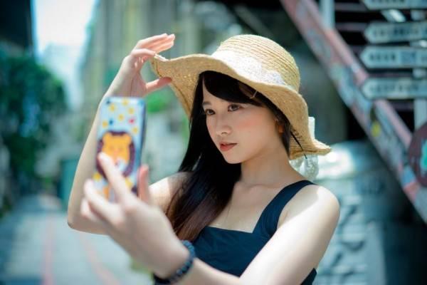 Hobi Selfie Hati Hati Gangguan Selfitis Mungkin Mengintaimu