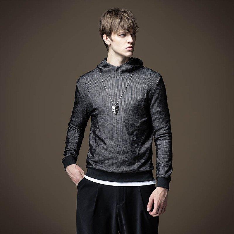 PINLI,設計師集合男裝。 品立,態度潮牌男裝。 每壹件品立,都有壹處獨特設計
