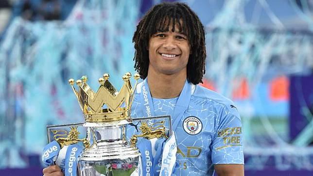 Foto: 5 Pemain yang Juara Liga Inggris usai Terdegradasi di Musim Sebelumnya, Nathan Ake Terbaru Bersama Manchester City