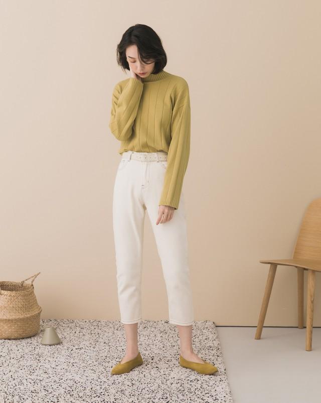 親膚柔軟紗線/寬條坑紋設計/袖長適中