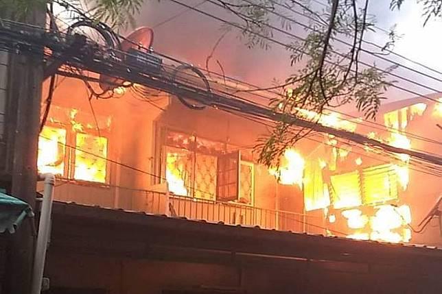 ไฟไหม้ซอยประชาสงเคราะห์-ดินแดง ลามบ้านวอด9หลัง