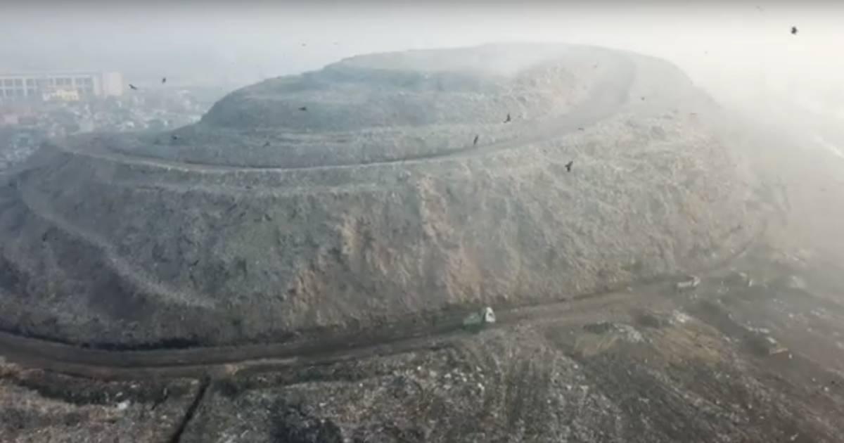 Timbunan Sampah Di India Hampir Setinggi Taj Mahal Bahaya Mengancam National Geographic Indonesia Line Today