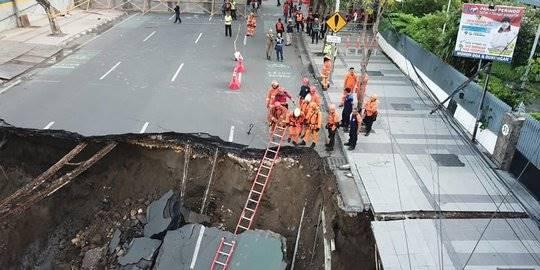 Jalan Gubeng Ambles Karena Pembangunan Basement RS Siloam Disebut Tak Ikuti Prosedur