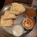 2食カレー定食 チーズナン変更 - 実際訪問したユーザーが直接撮影して投稿した西新宿インド料理ターリー屋 西新宿7丁目店の写真のメニュー情報