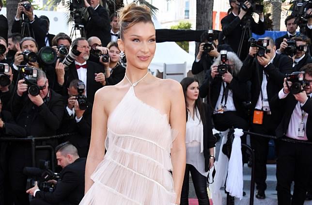 7 Selebriti Ini Tampil Elegan di Festival Film Cannes Mengenakan Gaun Dior! Siapa Saja?