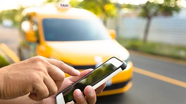Perusahaan Transportasi Online Wajib Gandeng Taksi Reguler
