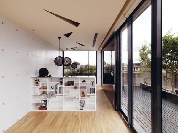 用精品概念來打造家中展示櫃吧!