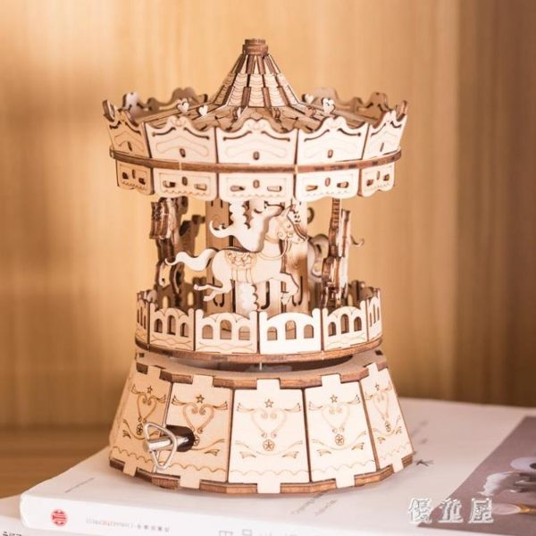 八音盒天空之城男女拼裝生日創意禮物旋轉木馬樂高旋轉木質音樂盒