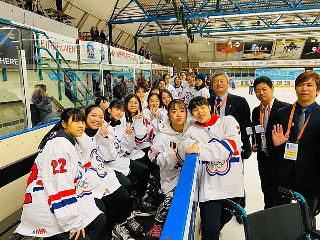 ▲台灣冰球女將奪金寫下歷史。(圖/冰球協會提供)