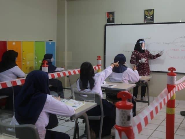 Tahun Ajaran Baru, DPR Minta Guru Perbaiki Target Pendidikan Murid