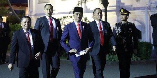 Jokowi kembali ke Istana sesuai dilantik. ©Liputan6.com/Angga Yuniar