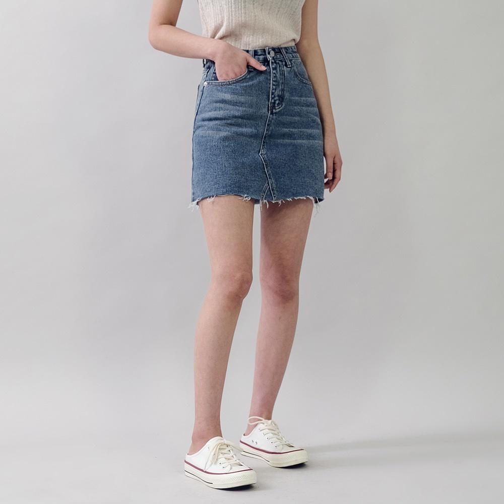[ROCOSIX官方旗艦店]水洗刷紋不修邊牛仔短裙