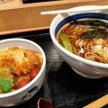ミニカツ丼かけそばセット - 実際訪問したユーザーが直接撮影して投稿した新宿そばそば処 信州屋 新宿南口店の写真のメニュー情報