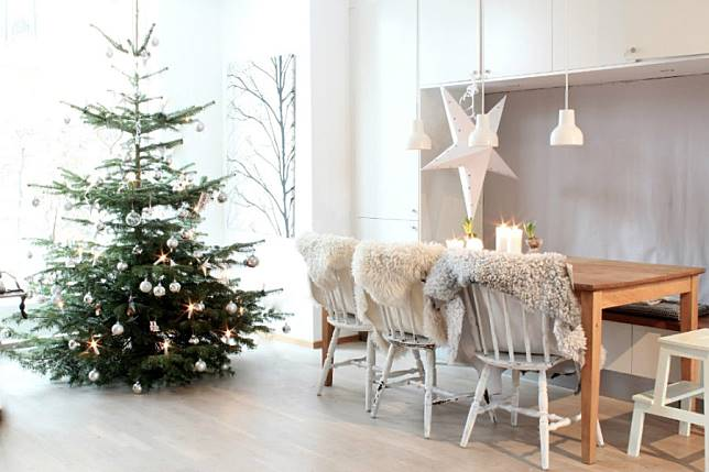 Dekorasi Natal Minimalis Nan Elegan Ala Skandinavian