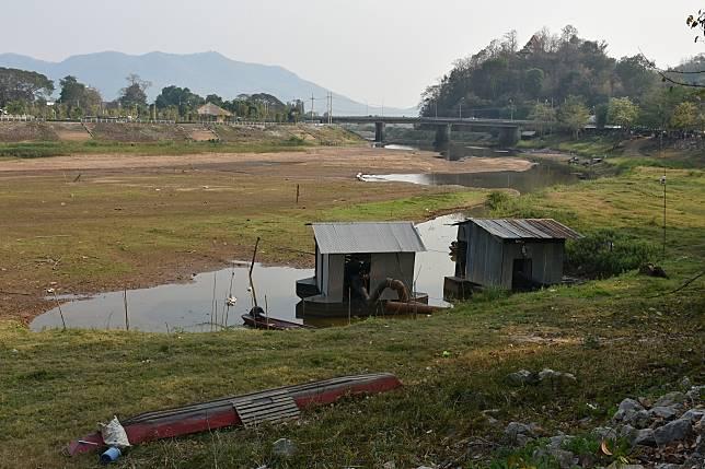 ภัยแล้งส่อเค้ารุนแรง! แม่น้ำอิงและแม่น้ำลาวลดระดับต่อเนื่อง กปภ. วอนทุกภาคส่วนช่วยประหยัดน้ำ