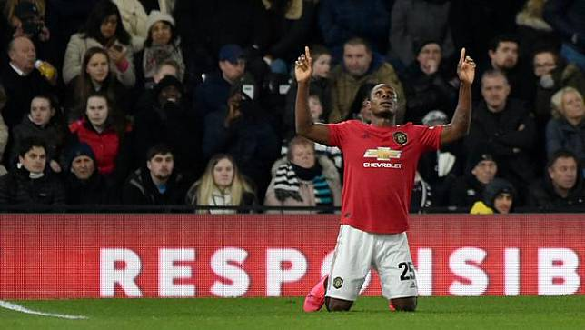 Manchester United Tekuk Derby County 3-0
